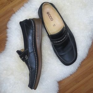 Ecco Black Leather suede Slip On Loafer